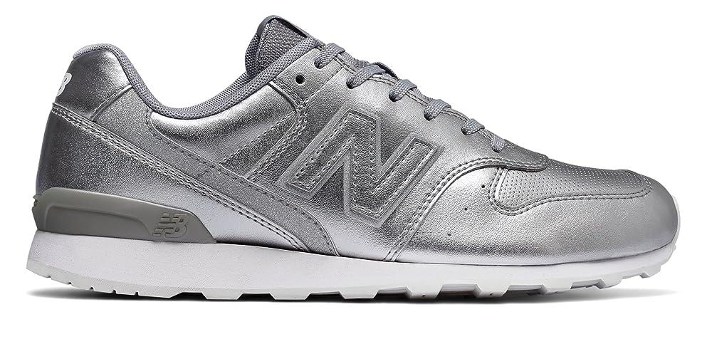 組やがて腹(ニューバランス) New Balance 靴?シューズ レディースライフスタイル 696 Metallic Silver メタリック シルバー US 7.5 (24.5cm)