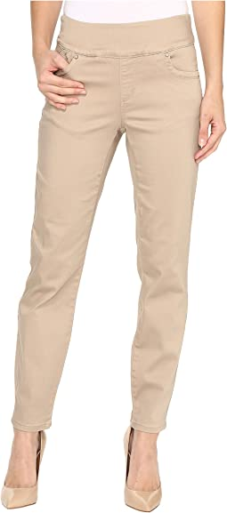 Pull-On Slim Ankle in Beach Bluff