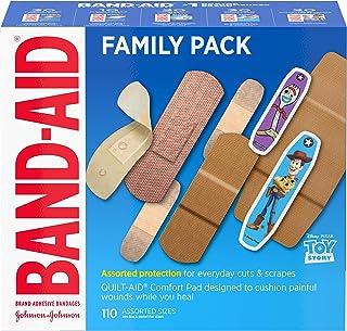 بسته تنوع خانواده باند چسب با نام تجاری Band-Aid در اندازه های متنوع دارای بلوک فلکس آب ، پارچه انعطاف پذیر ، Skin-Flex ، نوارهای سخت