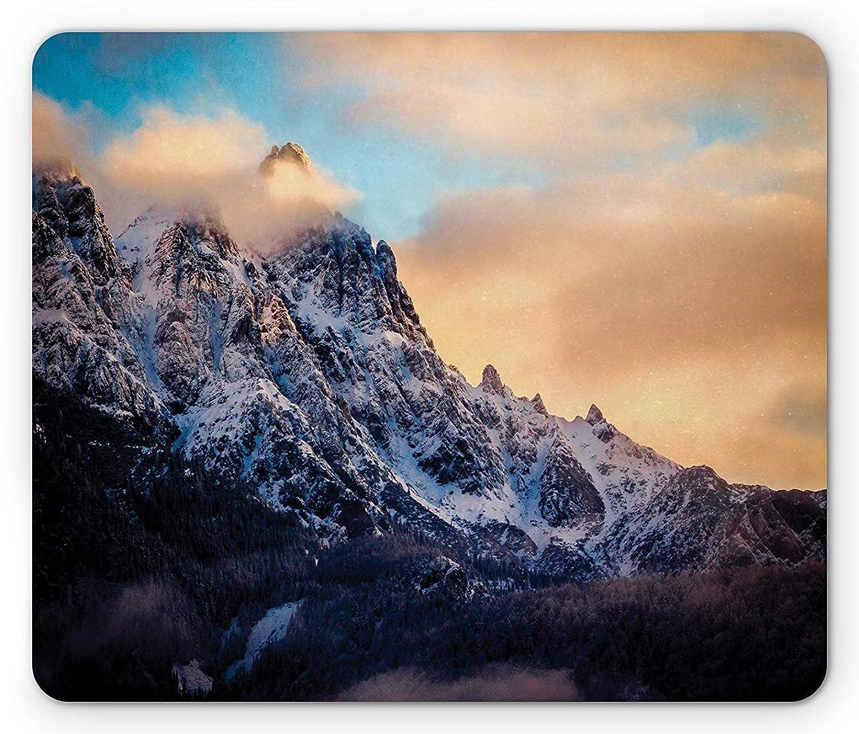 ファシズム独裁者コンセンサスマウンテンマウスパッド、アルプスの朝日ピエモンテ自然楽園の雪景色の松の木の森、標準サイズの長方形滑り止めラバーマウスパッド、ピーチブルー