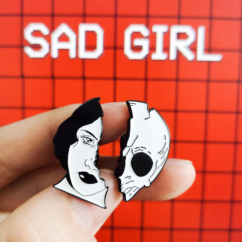 The Skeleton Couples Lapel Pin Half Women Half Skull Punk Romantic Goth Halloween Enamel Badges Brooches Pins for Backpacks