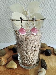 Pendiente de plata y piedra de ojo de gato en rosa.