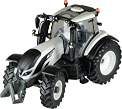 Britains 1:32 Valtra T4 Tractor - Collectable Farm Vehicle Toy Suitable for Indoor and Outdoor Play - Suitable from 3 Years