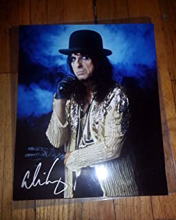 Alice Cooper 8 x 10 AUTOGRAPH Photo with black leather gloves on