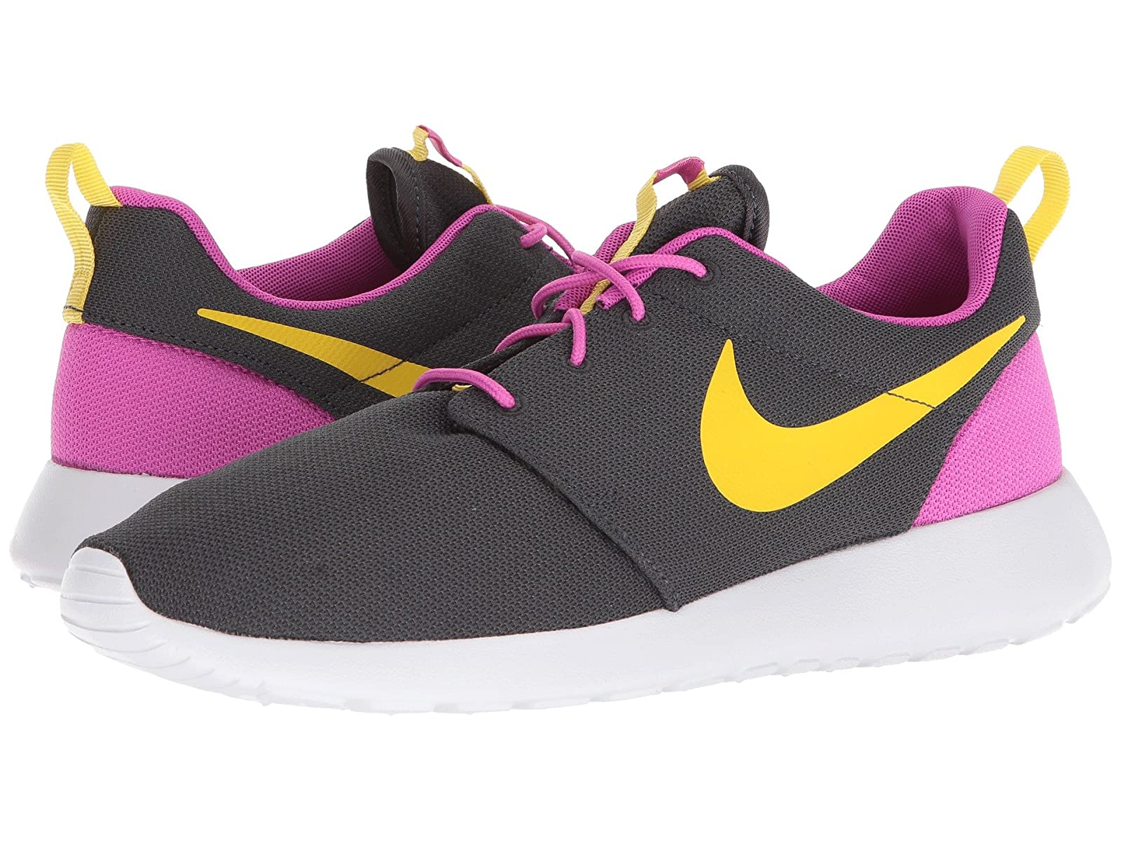 Nike Roshe OneCheap and distinctive eye-catching shoes