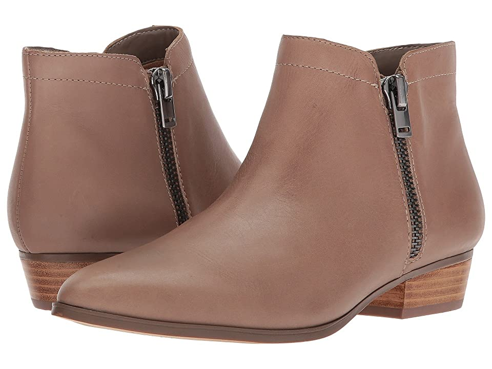 Naturalizer Blair (Dover Taupe Leather) Women