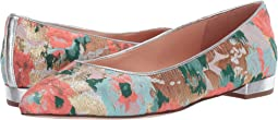 Pointy Toe Flat in Brocade
