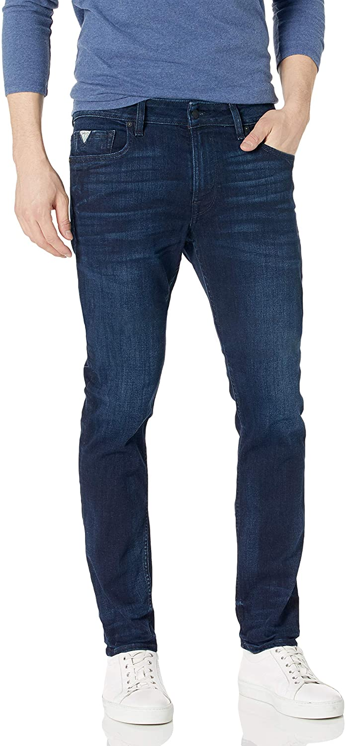 GUESS Men's Mid Rise Slim Fit Tapered Leg Jean
