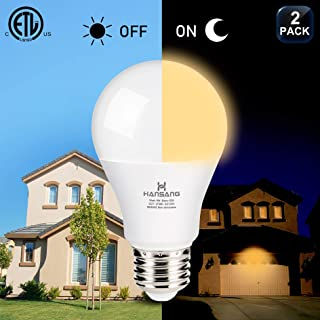 A19 LED Dusk to Dawn Light Bulb,Hansang Sensor Light Bulbs with Photocell,2700K Warm White,9W (60W Equivalent),E26 Medium Base,Outdoor Light Bulb for Porch,Patio,Hallway,Auto On/Off,750LM,2 Pack