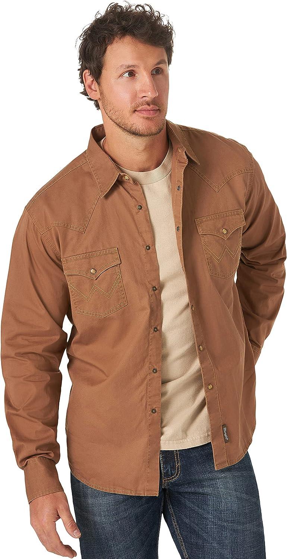 Wrangler Men's Retro Two Pocket Long Sleeve Snap Shirt