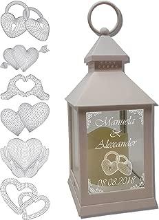 UDIG Mini Laterne mit LED Kerze weiß Mod. 3 mit Text und 3D Motiv-Gravur 24x10x10 cm mit Timerfunktion - Hochzeitslaterne