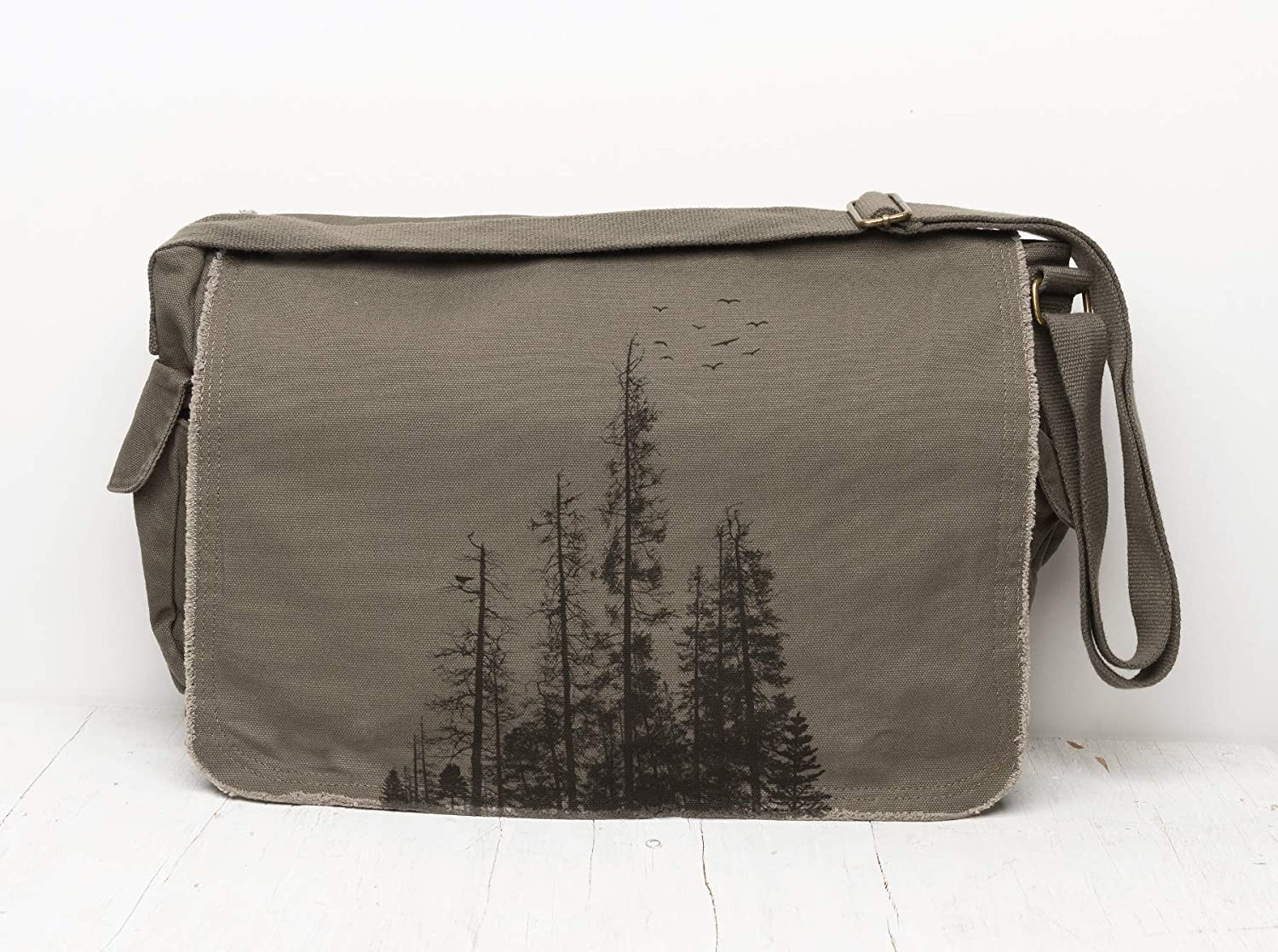 Canvas Messenger Daily bargain sale Bag by Black Lantern Trust Body – and Lapt Cross