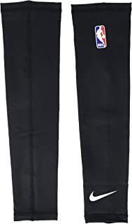 Nike NBA Shooter Sleeve - Pair(Black/White, SM)