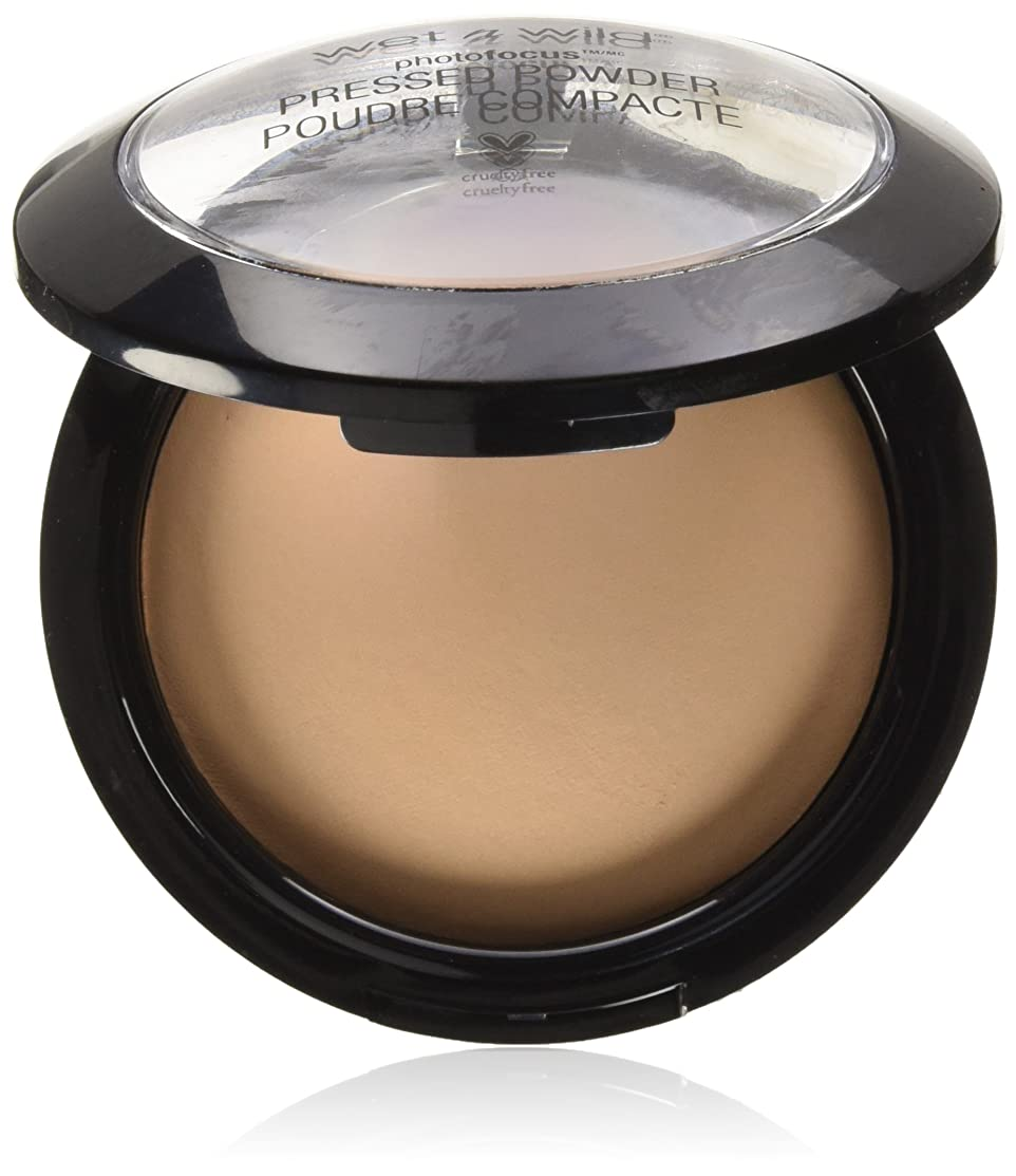 コース規模水星WET N WILD Photo Focus Pressed Powder - Tan Beige (並行輸入品)