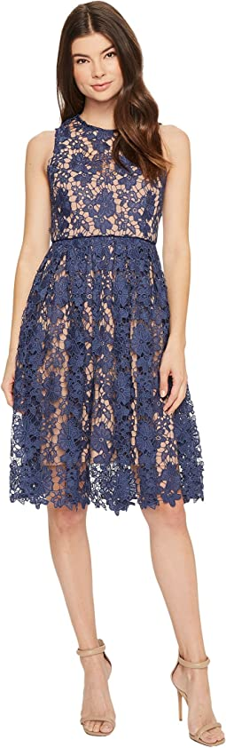 Donna Morgan - Sleeveless Lace Midi with Contrast Lining