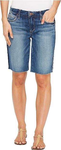 Finn Burmuda Shorts in Leighla