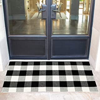 Winwinplus Black and White Buffalo Plaid Rug Indoor Outdoor - Retro Farmhouse Hand-Woven Washable Floor Rugs for Porch Rugs,23.6inches x 51.2inches