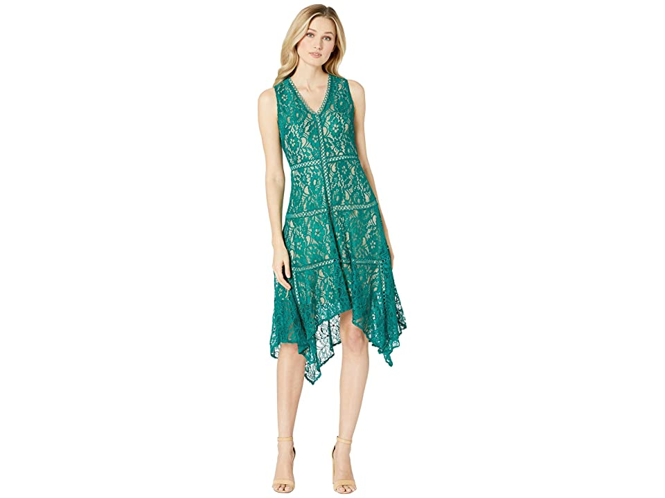 Taylor Sleeveless Lace Hankerchief Hem Dress (Emerald) Women