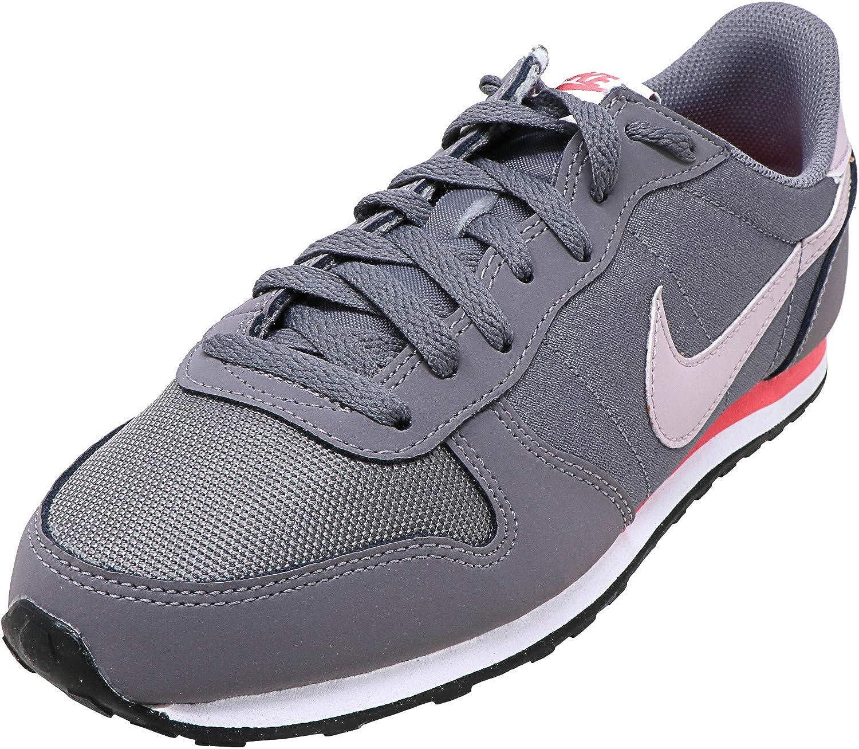 Nike Women's Genicco Casual Sneaker