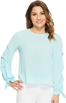 Vince Camuto Specialty Size - Petite Long Sleeve Tiered Tie Cuff Textured Blouse