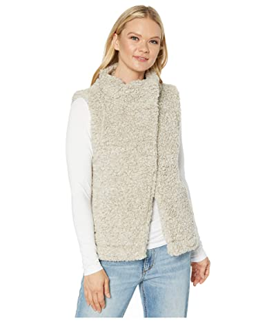 Dylan by True Grit Faux-Shearling Pile Cozy Vest with Soft Knit Lining (Putty) Women