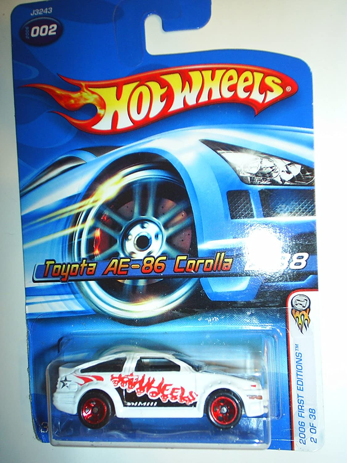 Hot Wheels 2006 White AE86 Toyota Cgoldlla 1 64 Scale Collectible Die Cast Car  02
