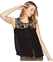 ROMEO & JULIET COUTURE Embroidered Front Top