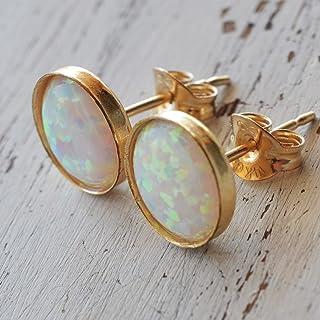 Orecchini a bottone in opale bianco 6mm Orecchini a bottone in oro pieno bianco con borchie opaline bianche