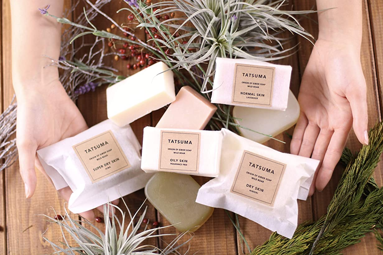 打ち負かす興奮するミシン目TATSUMA SOAP 動物性オイルの無添加石鹸 NORMAL SKIN 普通肌さん ラベンダーの香(80g)