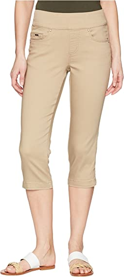 D-Lux Denim Pull-On Capris in Beach Bluff