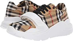 Burberry Latest Styles + FREE SHIPPING  25605c2776f