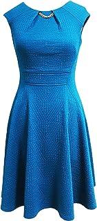 فستان حريمي من Sandra Darren بكم طويل من قماش محاك وواسع