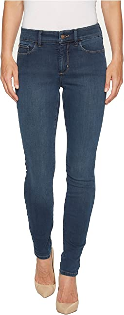 NYDJ Ami Skinny Leggings in Future Fit Denim in Rome