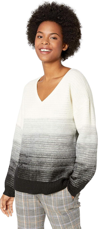 LeSuit Women's 3 Button Peak Lapel Stripe Pant Suit