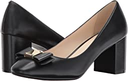 Tali Bow Pump