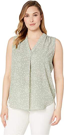 Plus Size Sleeveless V-Neck Ditsy Showers Blouse