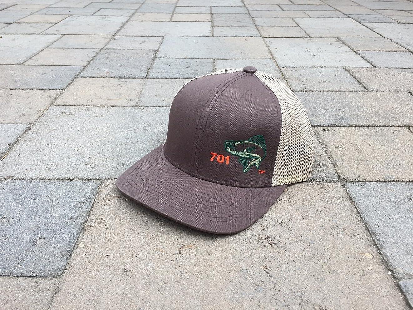 海外高く簡潔なNorth Dakota釣り帽子Walleye 701エリアコードアート