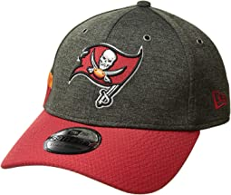 39Thirty Official Sideline Home Stretch Fit - Tampa Bay Buccaneers