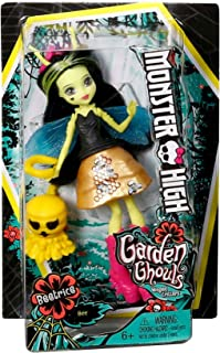 M Monster High Garden Ghouls Winged Critters - BEETRICE DOLL - Inspired by Bees, Beetrice Doll is Designed in Small Scale (5.25 inches) and Comes with a Cute Plant Friend!