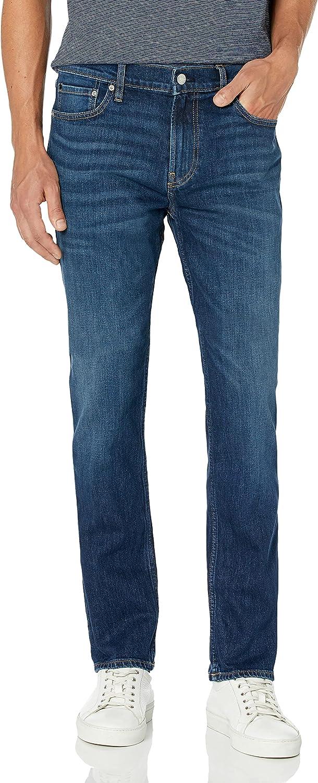 Calvin 人気海外一番 Klein Men's Straight Jeans Fit 贈り物