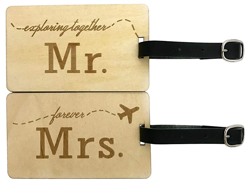 Mr Mrs Wooden Luggage Tags Travel Cute Couples Gift - 2 Pack