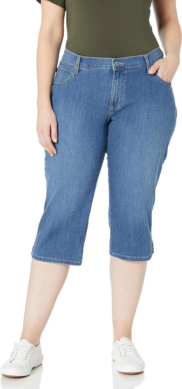 Lee Women's Plus-Size Relaxed-Fit Denim CapriJean