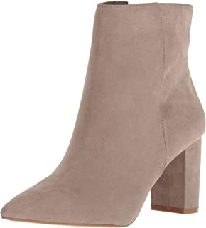0a7fb5b2bb4 Amazon.com  shoes - Beige   Boots   Shoes  Clothing