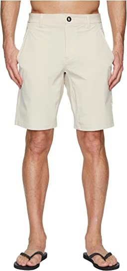 Under Armour - Mantra Hybrid Walkshorts UPF 50+