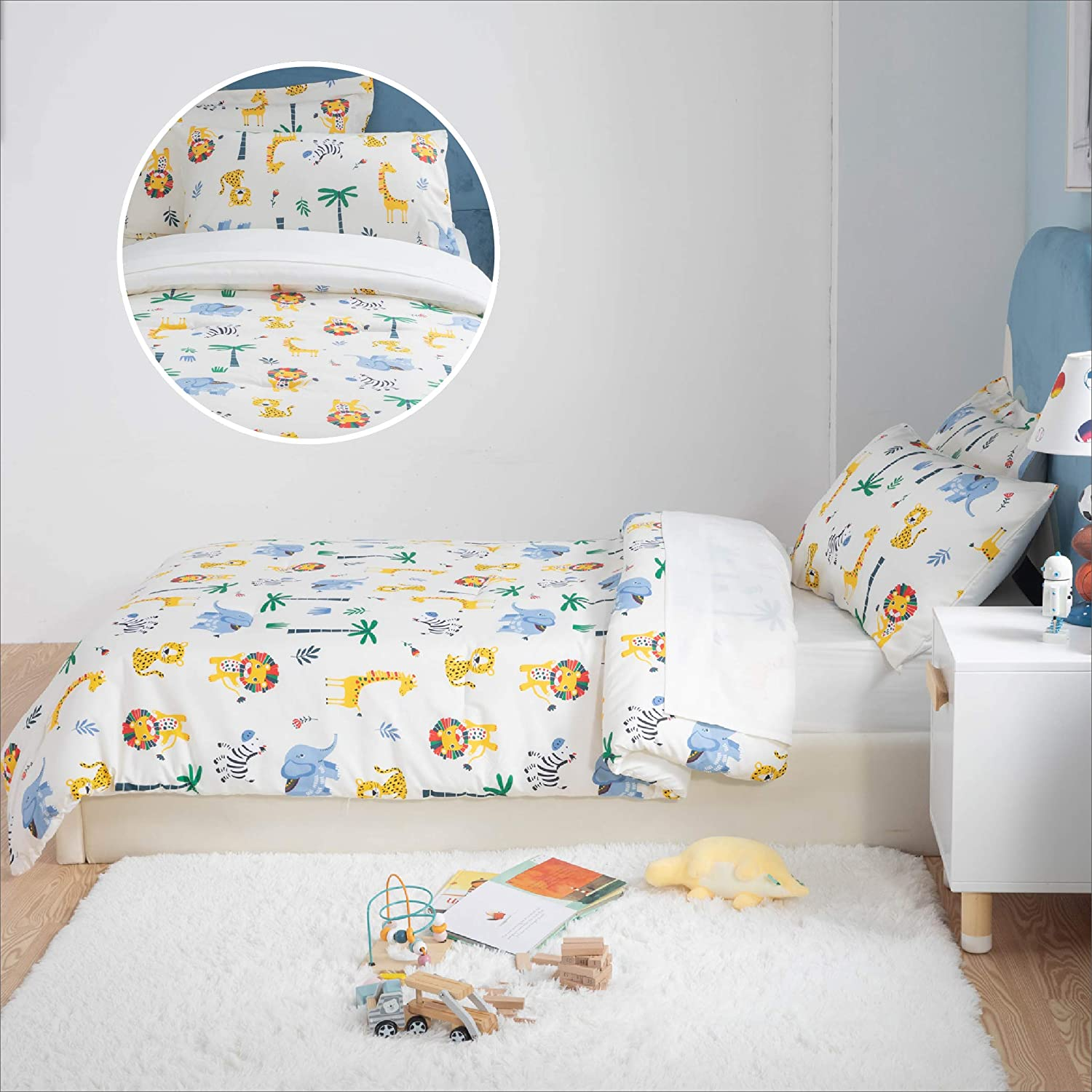 Multi-Color Safari Zoo Animals Bedding Easy Care Super Soft Microfiber Comforter and Sheets Set Cream White,Twin 5 Pieces Bed in a Bag Bedsure Kids Twin Bedding Sets for Boys