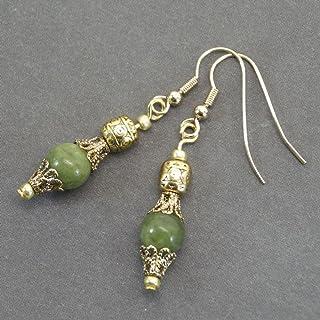 Orecchini Thurcolas in perle di giada naturale e coppe in filigrana di colore oro antico