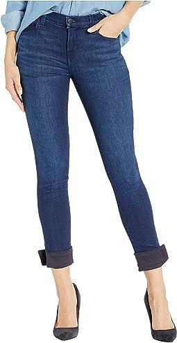 811 Mid-Rise Skinny Jeans in Nebula
