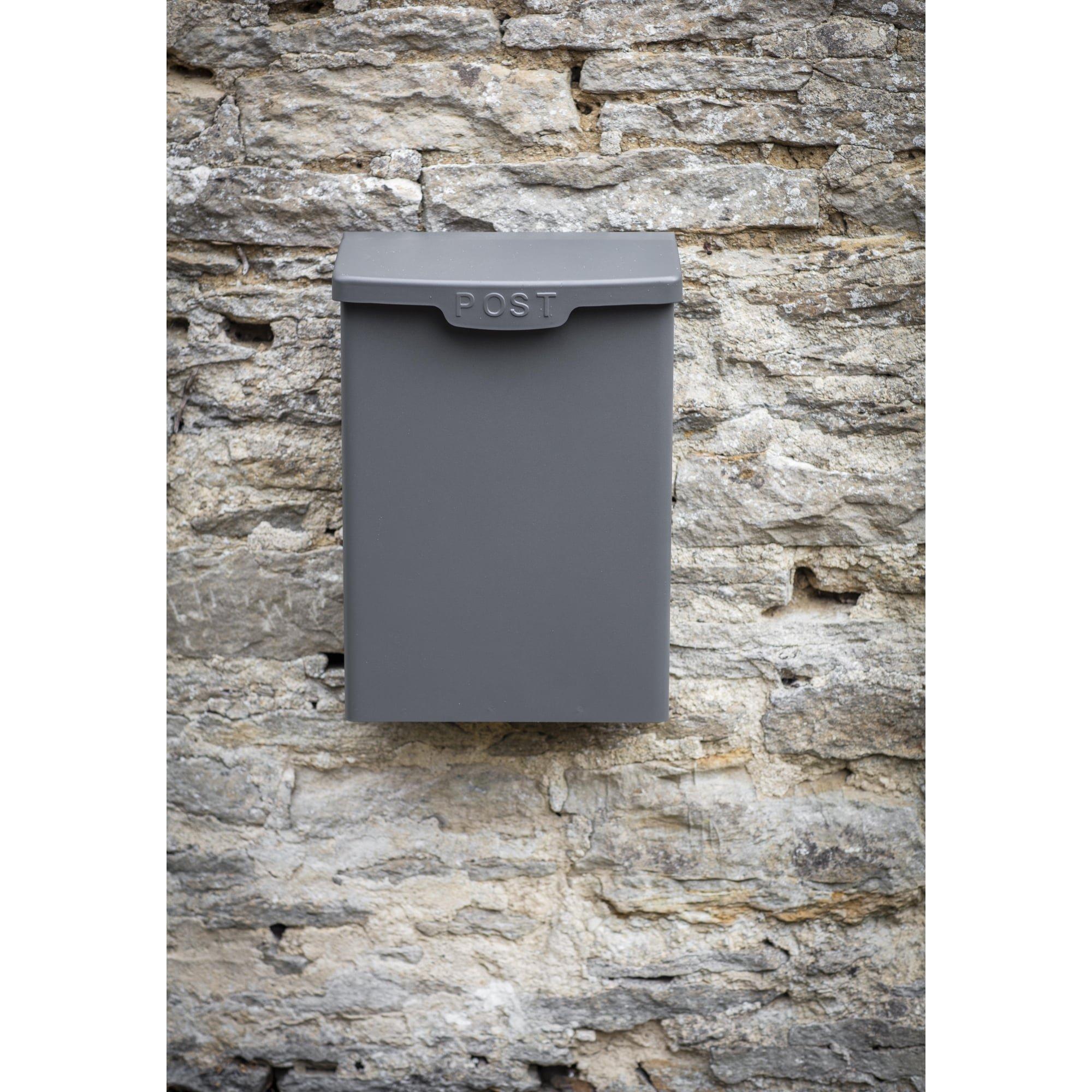 Shipton Post Box