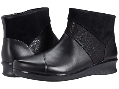 Clarks Hope Mist (Black Leather) Women
