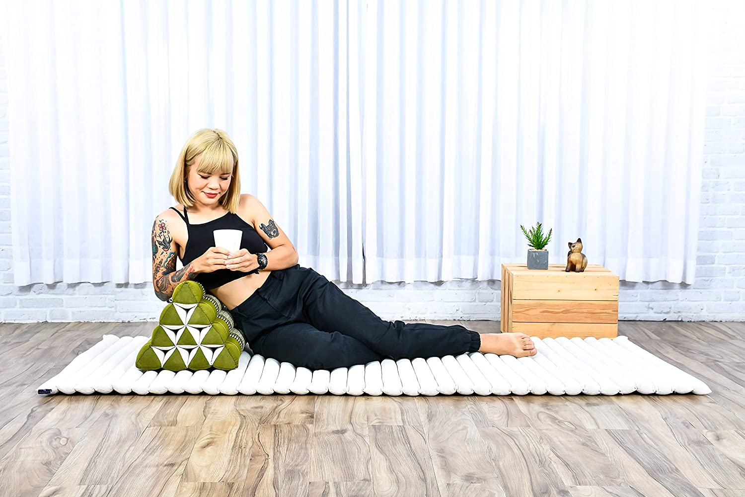 Kapok Anthracite 20x13x13 inches Leewadee Triangle Cushion Reading Pillow Backrest TV Pillow Eco-Friendly Organic and Natural